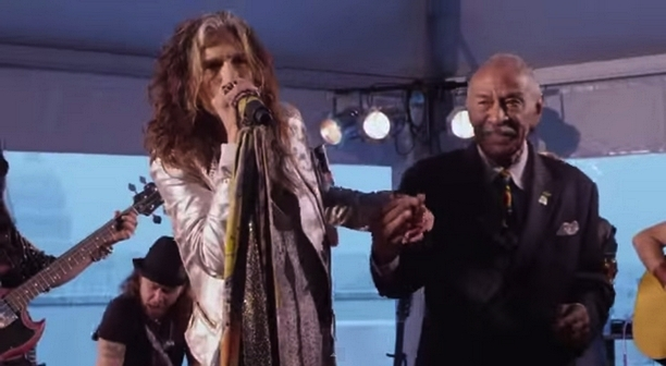 Steven Tyler - Walk this way (Acoustic)
